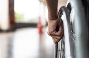 """""""Pessoas com deficiência e mercado de trabalho"""" é o tema do mês da Biblioteca do TST"""